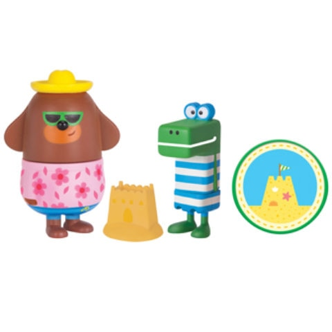 Duggee and Happy with Sandcastle Badge and Sandcastle