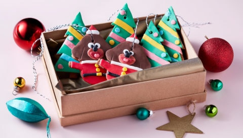 8 Duggee Christmas crafts, makes and bakes