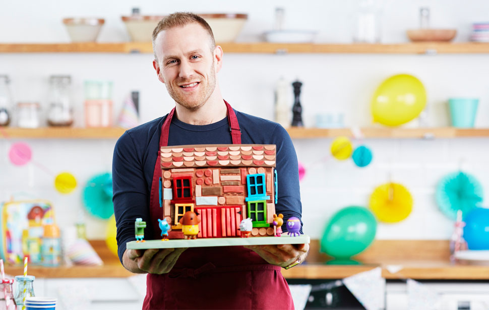 Steven Carter-Bailey on his Hey Duggee bake.