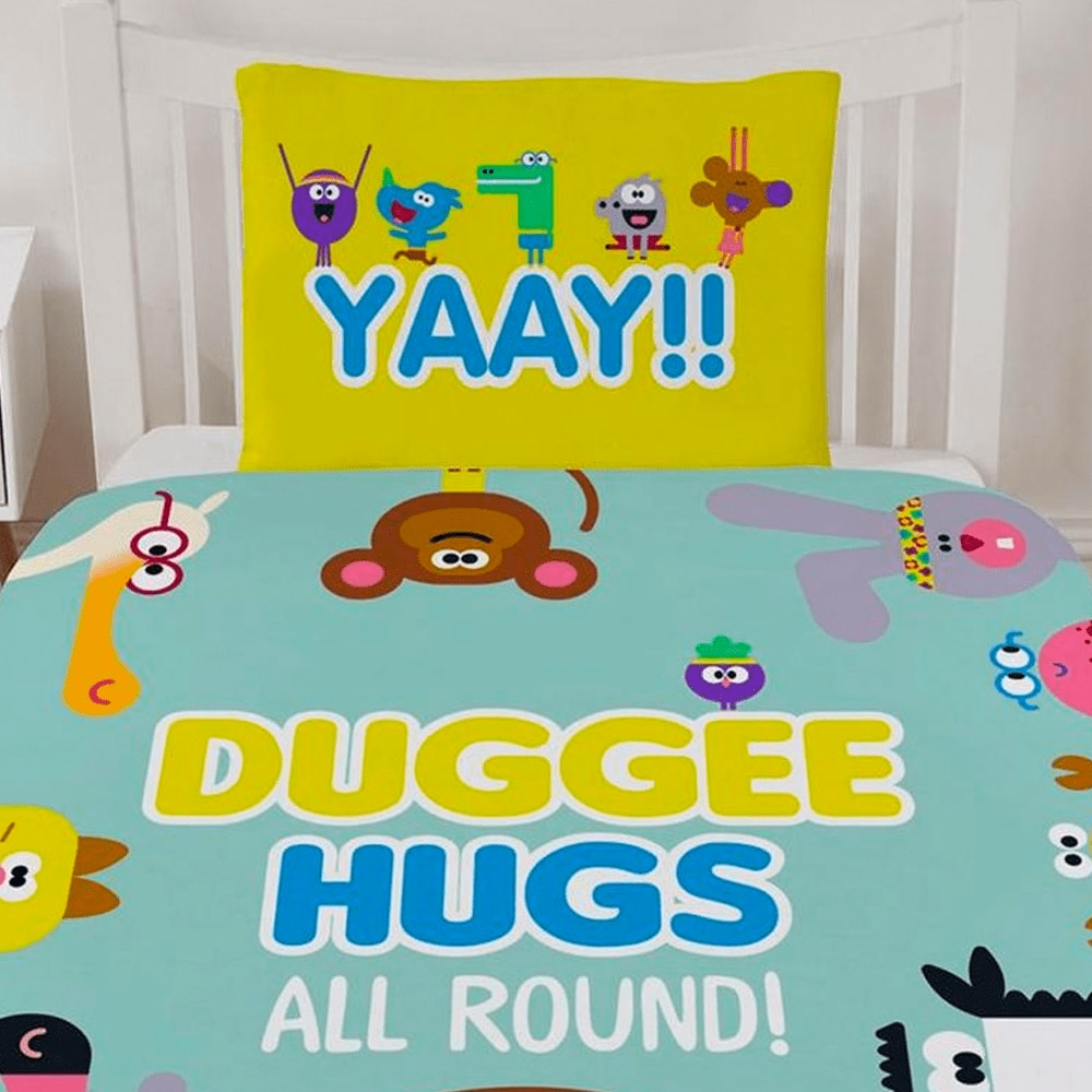 Hugs All Round Bedding